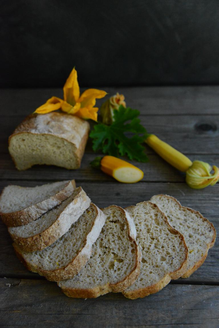 Lyst brød med squash